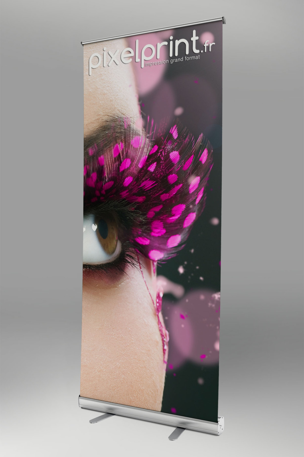 roll-up-studio02-pixel-print